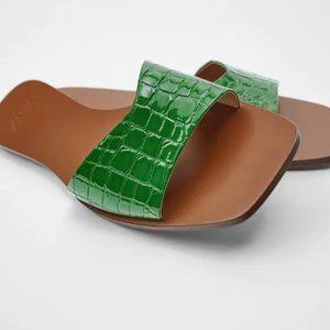 NWT Zara Green Animal Print Flat Sandals, 8